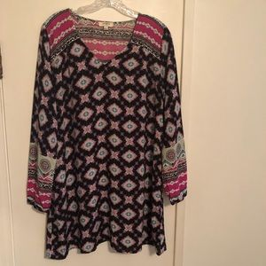 Umgee short dress or tunic top with long sleeves S